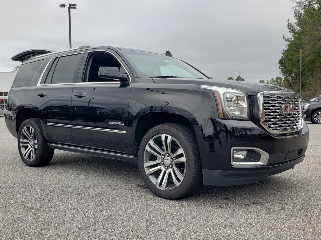 Pre-Owned 2019 GMC Yukon Denali With Navigation & 4WD